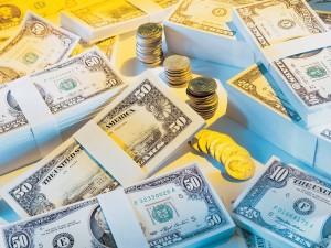 Стопки денег